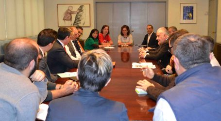 Reunión en Quart entre la Comisión Mixta Antideshaucios y los representantes de los bancos