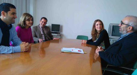 Ana Botella y Jorge Alarte visitan junto al alcalde de Paterna el centro SERVEF de Fuente del Jarro