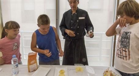La Casa de la Dona de Mislata fomenta la igualdad mediante un curso de cocina para niñ@s