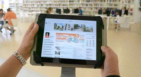 La Biblioteca de Paiporta posa a disposició del usuaris quatre tabletes i ordinadors portàtils