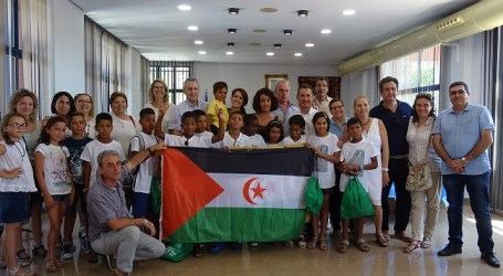 10 xiquetes i xiquets sahrauís passaran dos mesos a Xirivella