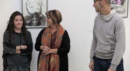 Es reprenen les exposicions a la Casa Jove La Torta