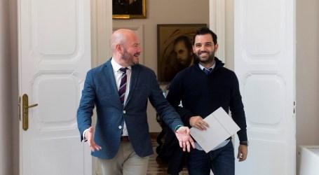 Sagredo visita al Presidente de la Diputación