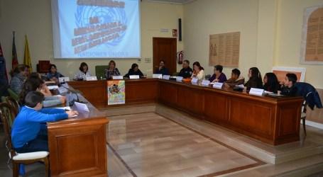 Benetússer celebra el Día de la Infancia con un pleno en el que se exponen los derechos de los más pequeños