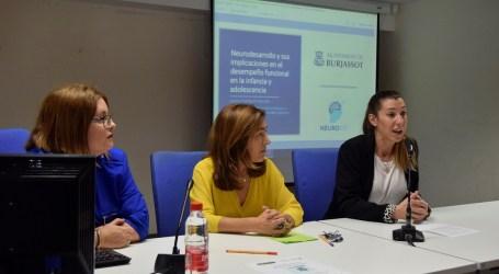 Cerca de setenta profesionales participan en las Jornadas de Neurodesarrollo en la Infancia, organizadas por el ayuntamiento de Burjassot