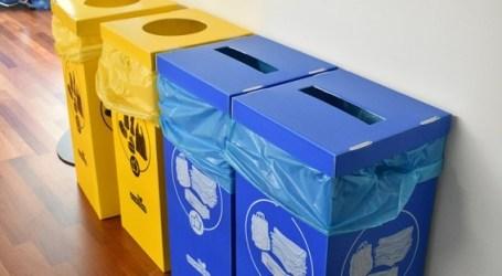 Alfafar instala cubos de reciclaje en las dependencias municipales