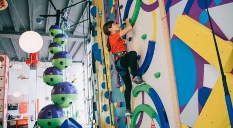 HAPIK, el primer parque de aventura y escalada indoor de España, abre en Alfafar