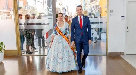 Mislata recibe a la Fallera Mayor de València 2020 y presenta la imagen de las próximas fiestas