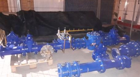 Aigües de l'Horta y el Ayuntamiento de Aldaia instalan la nueva válvula reguladora para mejorar garantizar y controlar la calidad del servicio de agua potable