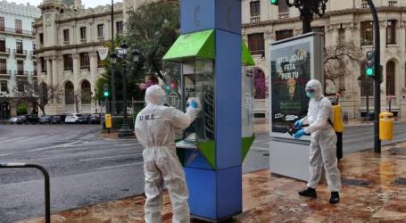 La UME centra sus esfuerzos en el Puerto y en la zona oeste de València