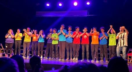 Teatro, danza, circo y música, «Desde el sofá» en Aldaia