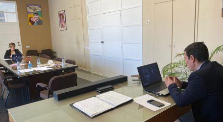 El Alcalde y la Concejala de Comercio se reúnen con los hosteleros de Burjassot para explicarles las medidas adoptadas para aliviar al sector