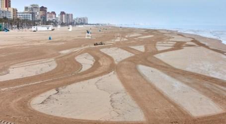 Playas abiertas al público pero con distanciamiento social, la Generalitat prepara su propuesta