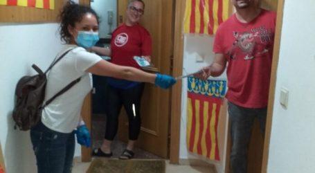 Aldaia reparte casa por casa mascarillas infantiles