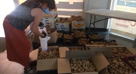 """""""Coronavirus amb Cor"""" reparte ingredientes para que 220 familias de Alaquàs elaboren 700 raciones de ensaladilla rusa"""
