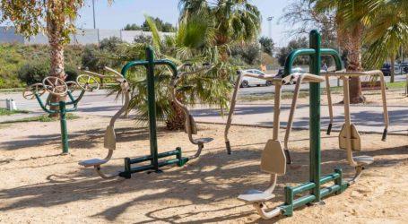 Picassent instal·la 10 aparells per a la realització d'exercicis físics a l'aire lliure al parc Horta de Torrent