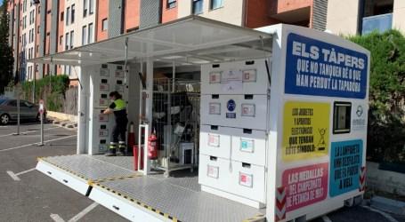 El Ecoparque móvil vuelve a recorrer Paterna para fomentar el reciclaje entre los vecinos