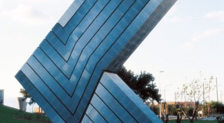 Fomento destruye una obra de Enric Mestre por las obras de ampliación de la carretera nacional 220