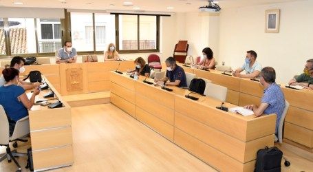 Reunió d'Educació amb els centres docents de Paiporta per tractar l'inici del nou curs escolar