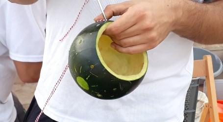Puçol recupera una antiga tradició d'arrels valencianes, un taller de farolets