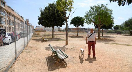 Paiporta reobri el parc caní del carrer Clara Campoamor