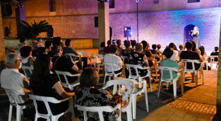 Paiporta tanca les seues nits de «Cultura a la fresca» amb humor i diversió