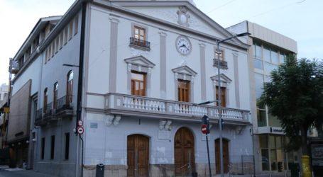 Se ultiman las obras de reforma de la fachada de la Casa de la Cultura de Torrent