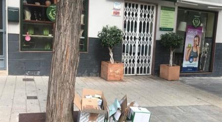 Más de 300 establecimientos de Paterna participan en la campaña de recogida de cartón comercial