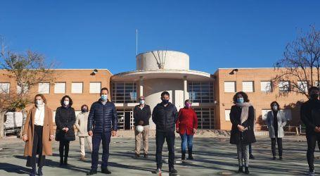 Marzà visitales obres de millora del CEIP Rei en Jaume de Foios