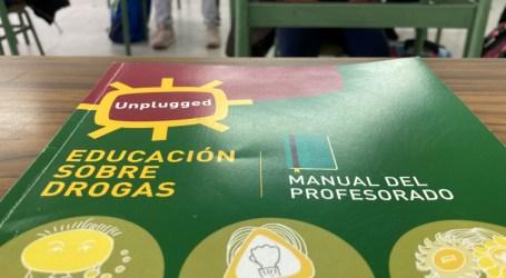 Alfafar inicia el programa de prevención en drogodependencia «Unplugged»