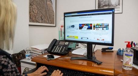 Los mayores de Mislata se adaptan a la formación online