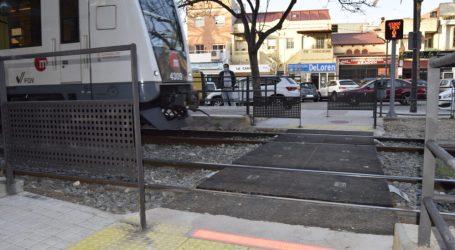 Abierto al público el paso entre andenes de la estación de La Canyada