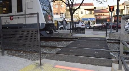 Abre al público el nuevo paso entre andenes de la estación de La Canyada de Metrovalencia