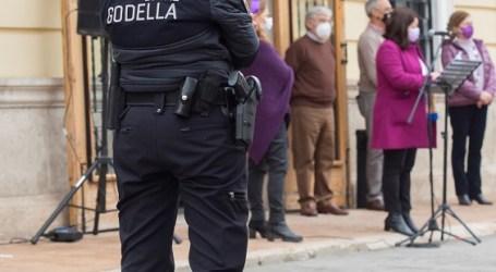 Godella celebra el Día Internacional de la Mujer a las puertas del Ayuntamiento