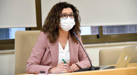 """Isabel Martín: """"Pido a la Conselleria que recapacite, obligar a la ciudadanía de Paiporta a ir a Xirivella a vacunarse no tiene ningún sentido"""""""