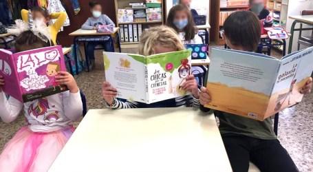 Benetússer amplía las bibliotecas de sus centros escolares con libros que fomentan la igualdad y la coeducación