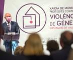 Diputación de Valencia estudia ofrecer vivienda social a víctimas de maltrato