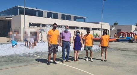 Albal promueve una escuela de verano conciliadora, inclusiva e igualitaria, que ha fomentado el empleo juvenil