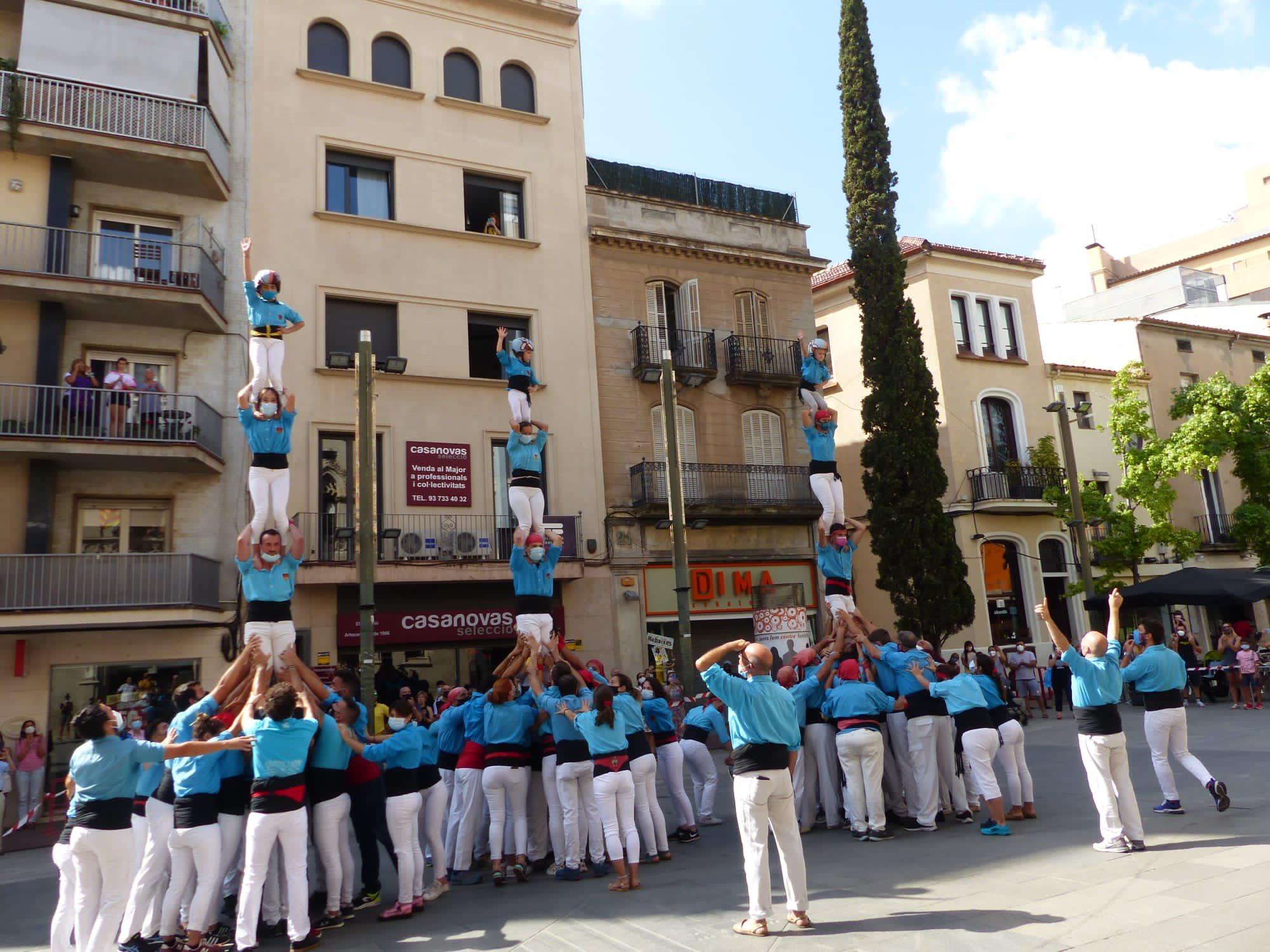 Els Castellers de Terrassa celebren aquest diumenge la segona diada dels pilars als barris