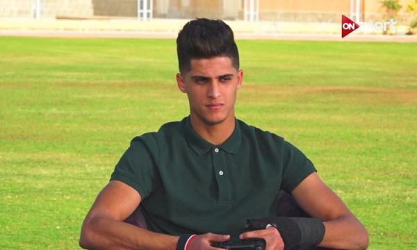 من هو أحمد الشيخ لاعب النادي الأهلي ومنتخب مصر لكرة القدم؟