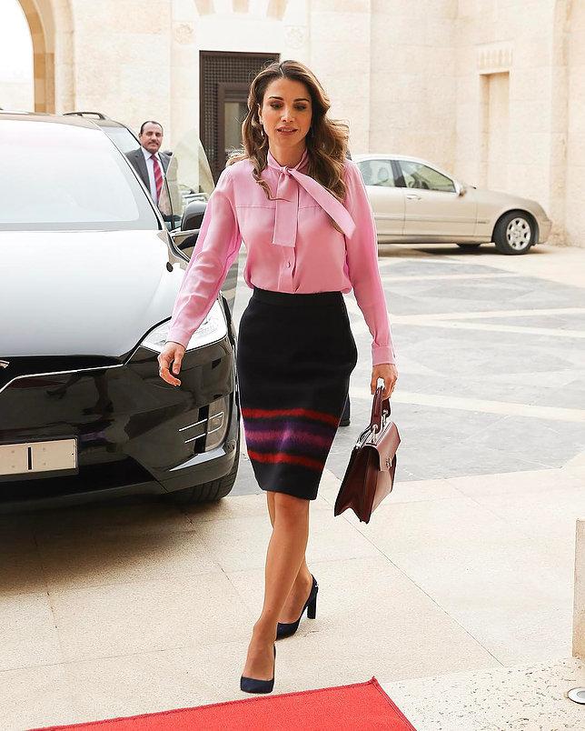 الملكة رانيا العبد الله 1 - موقع المصطبة