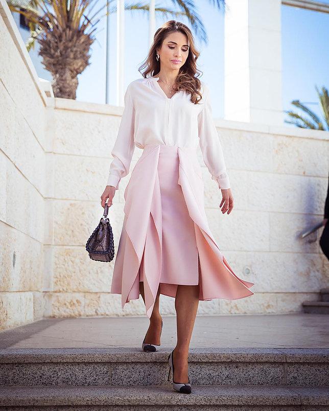 الملكة رانيا العبد الله 6 - موقع المصطبة