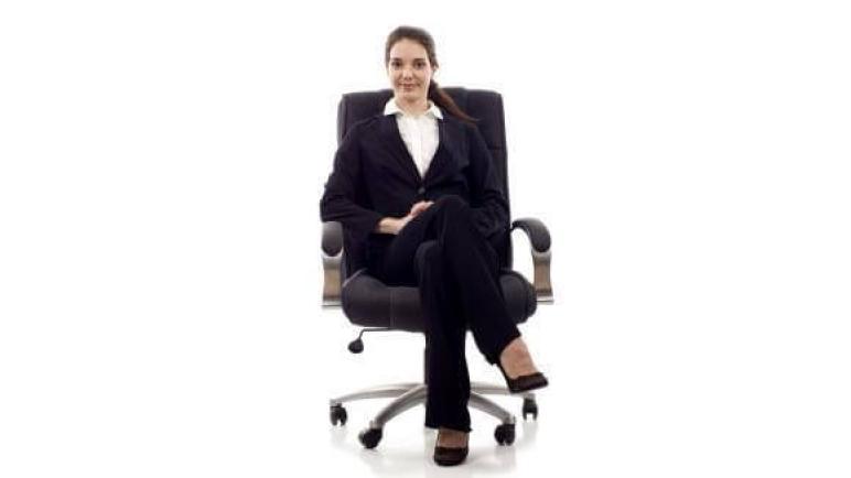 تفسير حلم رؤية الجلوس في المنام