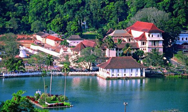 السياحة فى سريلانكا