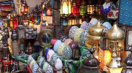 شارع خان الخليلي .. أهم مزارات القاهرة