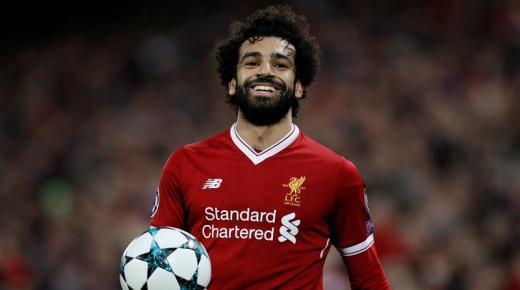 من هو محمد صلاح لاعب ليفربول الإنجليزي ومنتخب مصر لكرة القدم؟