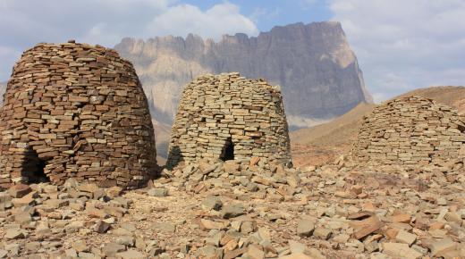 آثار مدينة بات العمانية