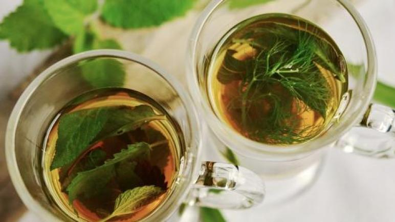 علاج السعال بالأعشاب الطبيعية