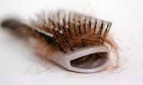 أسباب وعلاج تساقط الشعر بطرق فعالة جداً