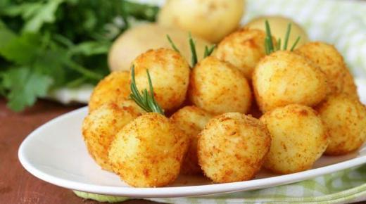 طريقة تحضير كبة البطاطا بجبن الحلوم